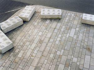 Almere #6, 2007, c-print, 150x190 cm  © 2013 Matthias Hoch/ VG Bild-Kunst Bonn