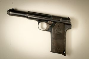 Astra pistol with which the politician José Calvo Sotelo was possibly assassinated in 1936, which originated the beginning of the Spanish Civil War. From the Spanish Army Museum.