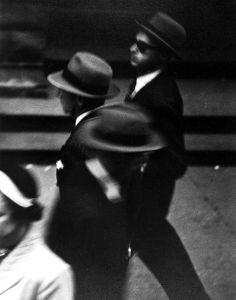 New York, circa 1948 © Saul Leiter / courtesy Howard Greenberg Gallery, New York