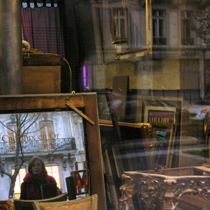 Window. Vers Bastille. Paris 2007