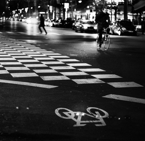 on the road, Paris running man and the bike