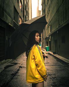 'Yellobrella'