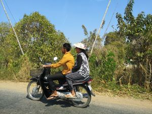 14 Cambodge on the road