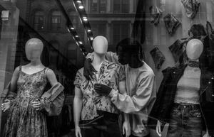 Dialogue with a  Mannequin