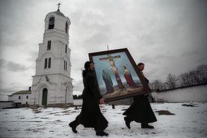 Alexandro-Svirsky Monastery, 2002