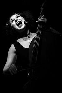 Nina Garenetska: double bass, vocals