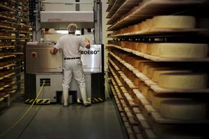 """""""Boébo"""": terme designant le """"garçon de chalet"""", assistant du fromager à l'alpage"""