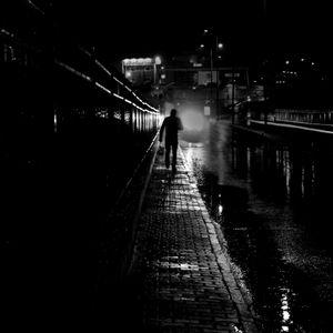 under the rain inside your brain