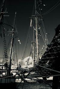 Beatiful Ships Sailed Away