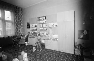 Zofia Rydet, Sociological Record, Slask, Bytom, Magdalena Pogoda, 1978. People in Interiors cycle © Zofia Augustynska-Martyniak