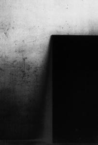 black V_08