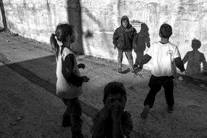 the children of Drapetsona