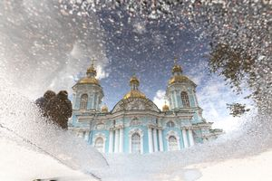 St. Petersburg in the puddles.