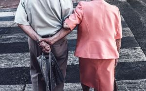 BACKS  // Old Couple