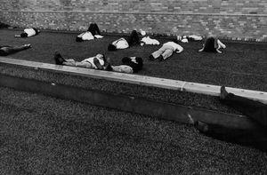 Shigeichi Nagano, Higashi-Ikebukuro, Tokyo, 1987 © Shigeichi Nagano / Courtesy of Studio Equis