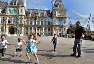 Paris Soap Bubbles