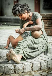 The homeless children. Still homeless and living in poverty, are very young to take care of their children.