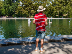 Tourist at Conservatory Water