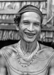 Homme Mentawai.