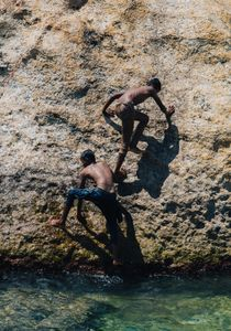 Cliff Divers in Galle