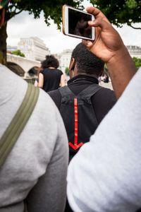 Arrow in a crowd
