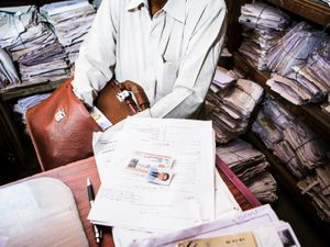 An employee is looking for documents for the Renewal of a Driver's license. [Regional Transport Office, Ahmedabad]