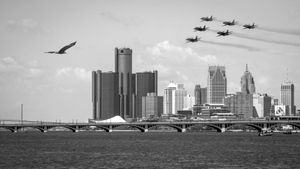 Blue Angels Flyover Detroit, Salute to COVID-19 Medical Personel - May 12, 2020