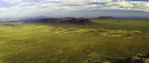 Tankwa Karoo highlands / This is a pano of the Tankwa Karoo highlands, located between the Great Karoo and the Cederberg Mountain Range. A land of wide spaces, untarred roads and very few people.The Tankwa Karoo is a plateau at an altitude from about 900 m above sea level to over 1,200 m above sea level. Until the end of the XIX century, huge herds of Springbok roamed on these plains.