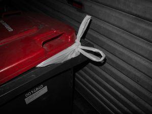 Full bins. © Ross Duncan