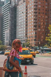 calmness and sunglasses in nyc traffic