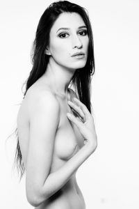 Kate Snig.
