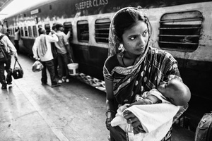 IMPRESSIONS AT THE OLD DELHI RAILWAY STATION 8