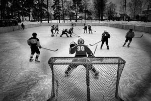 The match between junior teams from Vetluga and village Sharanga in Vetluga, Russia, 19 February 2015.