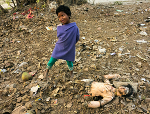 "Boy and Fallen ""Idol,"" Kolkata"