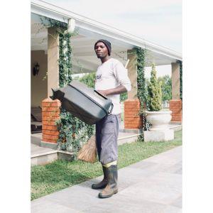 Leonard, Gardener