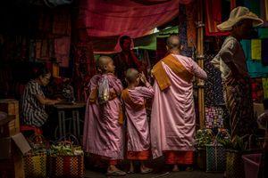 Burmese Bazaar