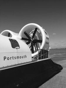 Hovercraft to Ryde