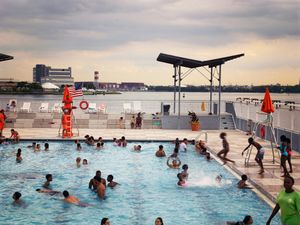 Floating Pool, Bronx, 2017
