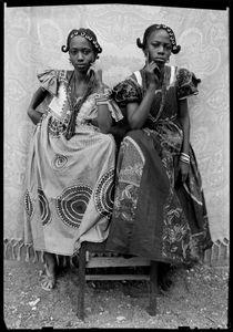 Untitled, 1949/51 © Seydou Keïta / SKPEAC / courtesy CAAC - The Pigozzi Collection, Geneva