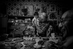 """From the series """"My Father, the Stranger"""" © Diana Markosian"""