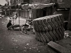 Tire repair shop, Naxal