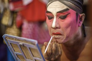 Red facial make-up for the lip.