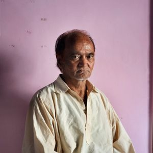 """Abdul Rehman, 64 years old, from Srinagar.""""When i was a child i used to play with girls after schools but when i was going back home my father used to slap me because of it"""", says Rehman. His family was against his behaviour from the very beginning. Only her mother was supportive and that's why both of them were kicked out from home when Rehman was 16 years old. She is now retired from dancing and"""