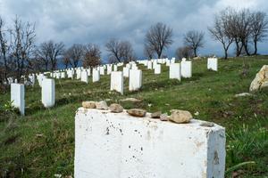 Graveyard of victims of Saddam Hussein massacres