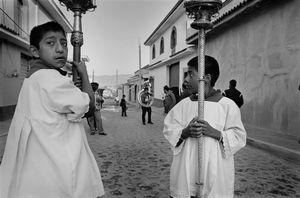 Altar boys in procession, Teotitlán