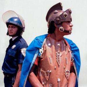Policeman and Centurion, Iztapalapa, México 1989