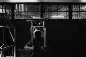 Youth Detention Center, Fleury-Mérogis, France, 1995-2001 © Klavdij Sluban