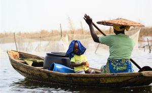 Mother and son in the sun - Ganviè (Benin)