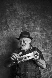 Biliu de Campina, master of the tambourin