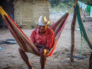 The last survivor of a clan war. Families in the Wayuu culture are divided into clans. In the past conflicts between clans in the Guajira were common and deadly.